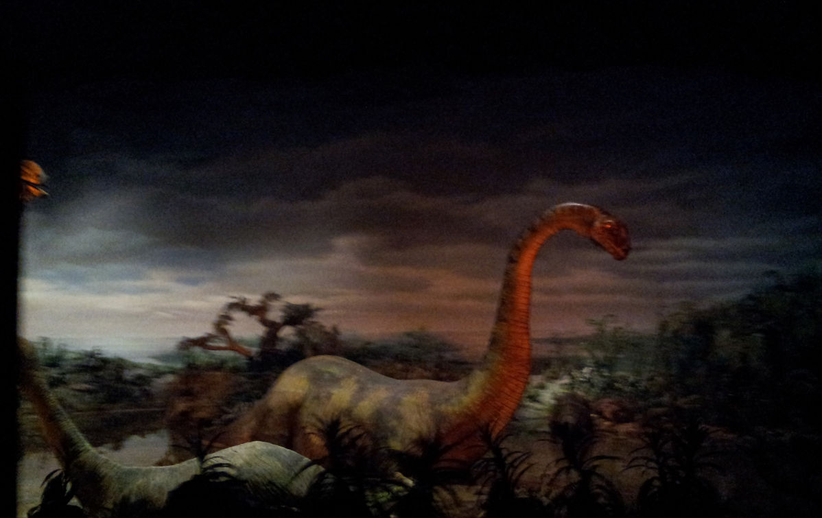 dinosaur1_disneyland_ride_railroad